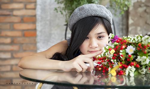 Hình chân dung ngoại cảnh model Mai Vy